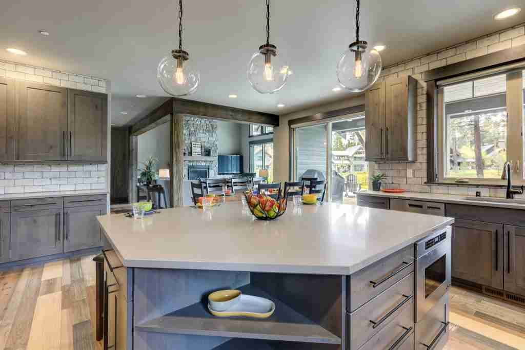 Barrie Kitchen Remodeling   705-999-5375   Barrie ON